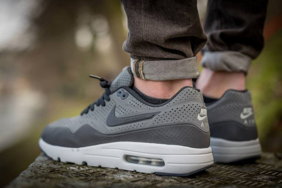 air-max-ultra-moire-on-feet