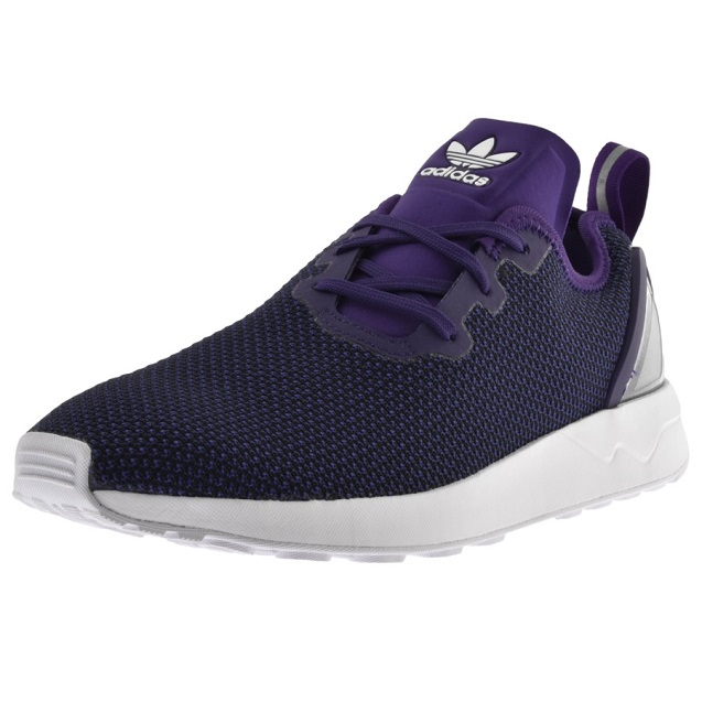 brand new 028f0 e39f3 These shoes are the perfect mix of both fashion and sportswear  a must-have  for any fashion conscious men who still like to stay in shape.