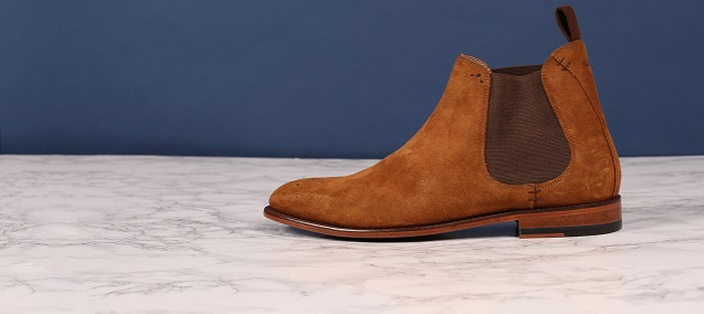 cf4c000497 Which Jeans to Wear with your Chelsea Boots