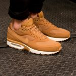 Nike Air Max BW Flax Pack Drops TODAY!