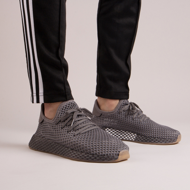 size 40 0324b d95cf The only contrast to this Deerupt is the sticky gum sole.