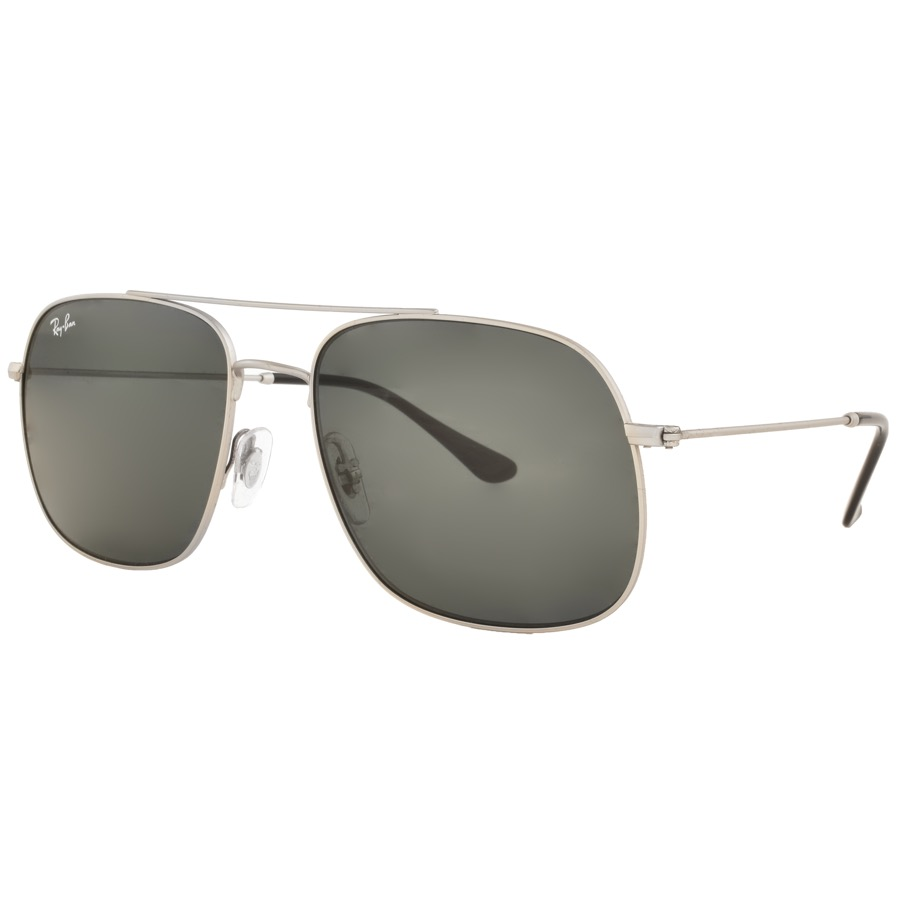 Ray Ban 3595 Aviator Sunglasses In Silver, Silver metal frame and ear stems which feature black toned ear socks. Green G15 lenses which provide 100% UV protection whilst absorbing 85% of visible light.