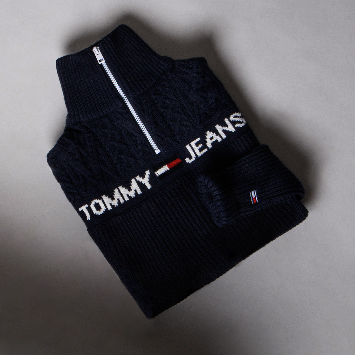 Tommy Jeans jumper with zipper